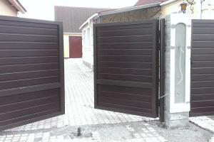Распашные алюминиевые ворота